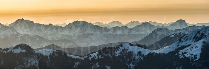 Layers were also visible from higher altitudes. This image shows the Italian section of the Julian Alps