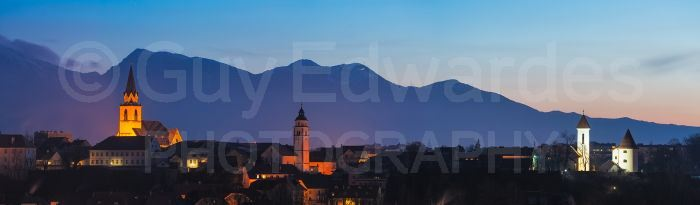 We shot a lot of stitched panoramas during this trip. The image shows dawn over the town of Kranj